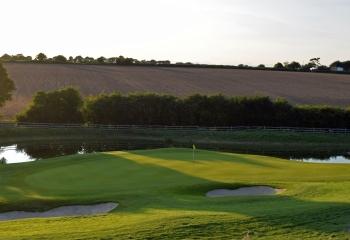 Weybrook Park Hole 5